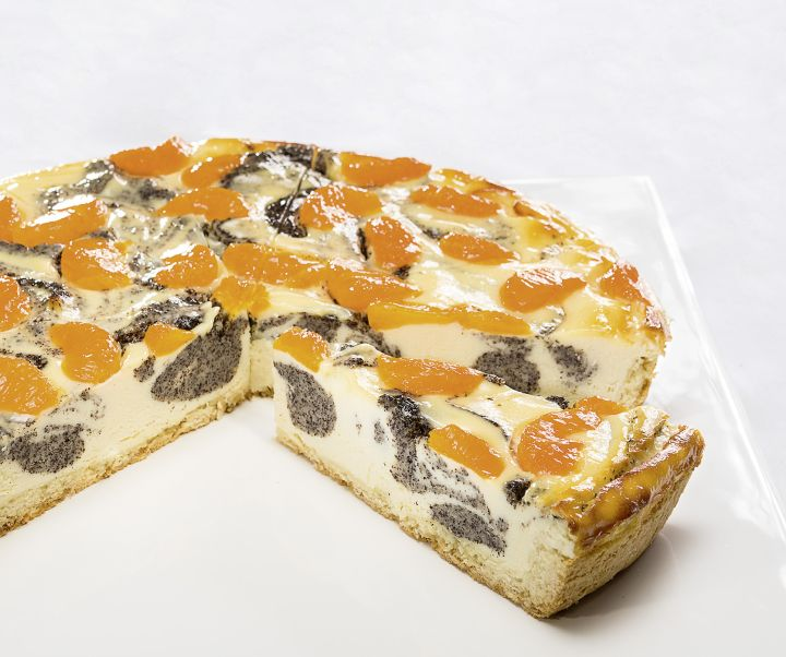 Poppy seed and tangerine cheesecake