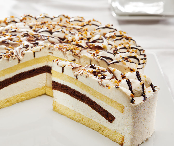 Hazelnut cream gateau