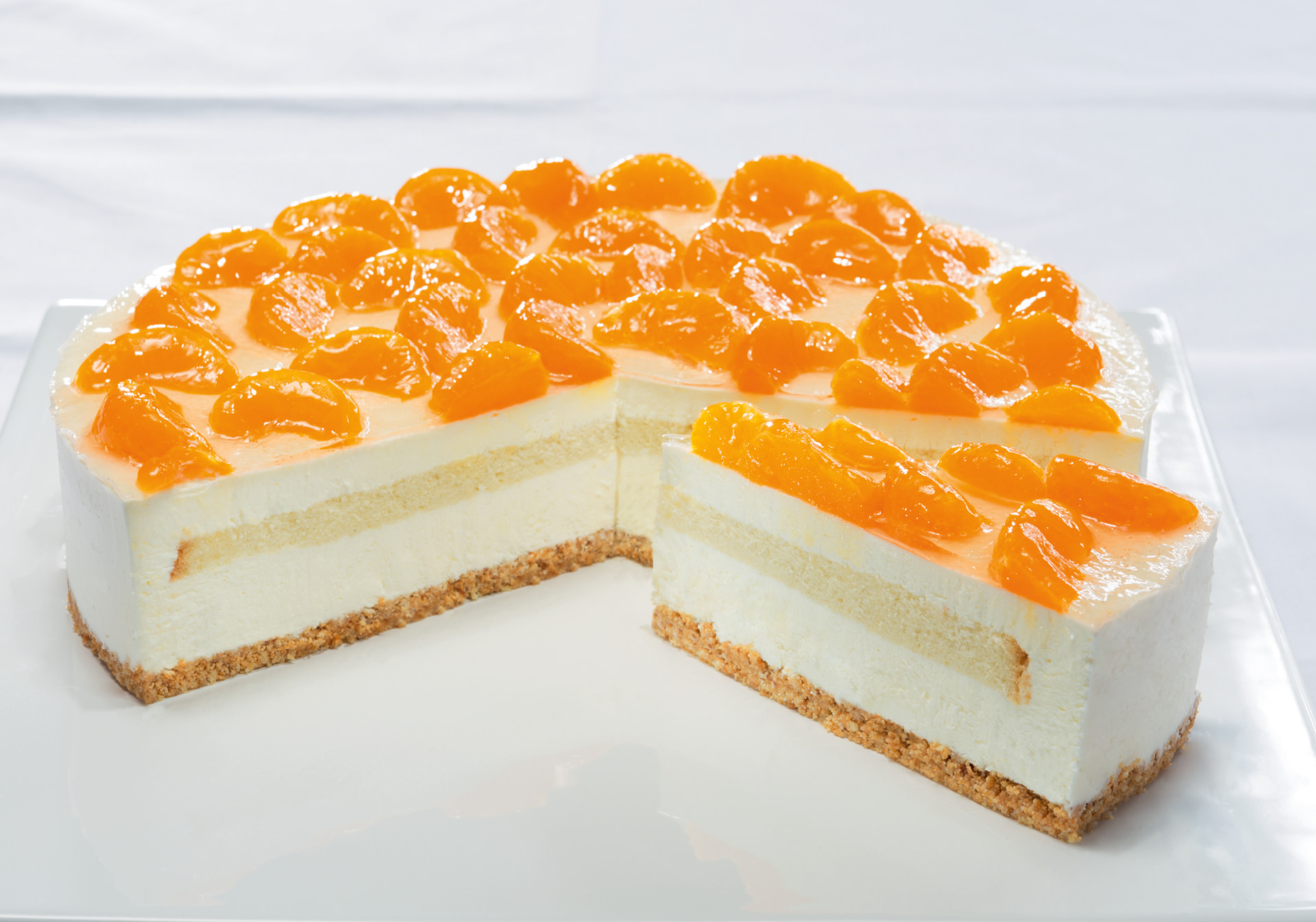 Cream Cheese Gateau With Tangerines
