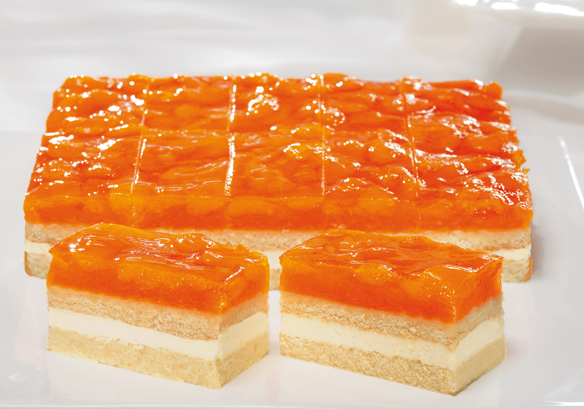 Tangerine cream slice