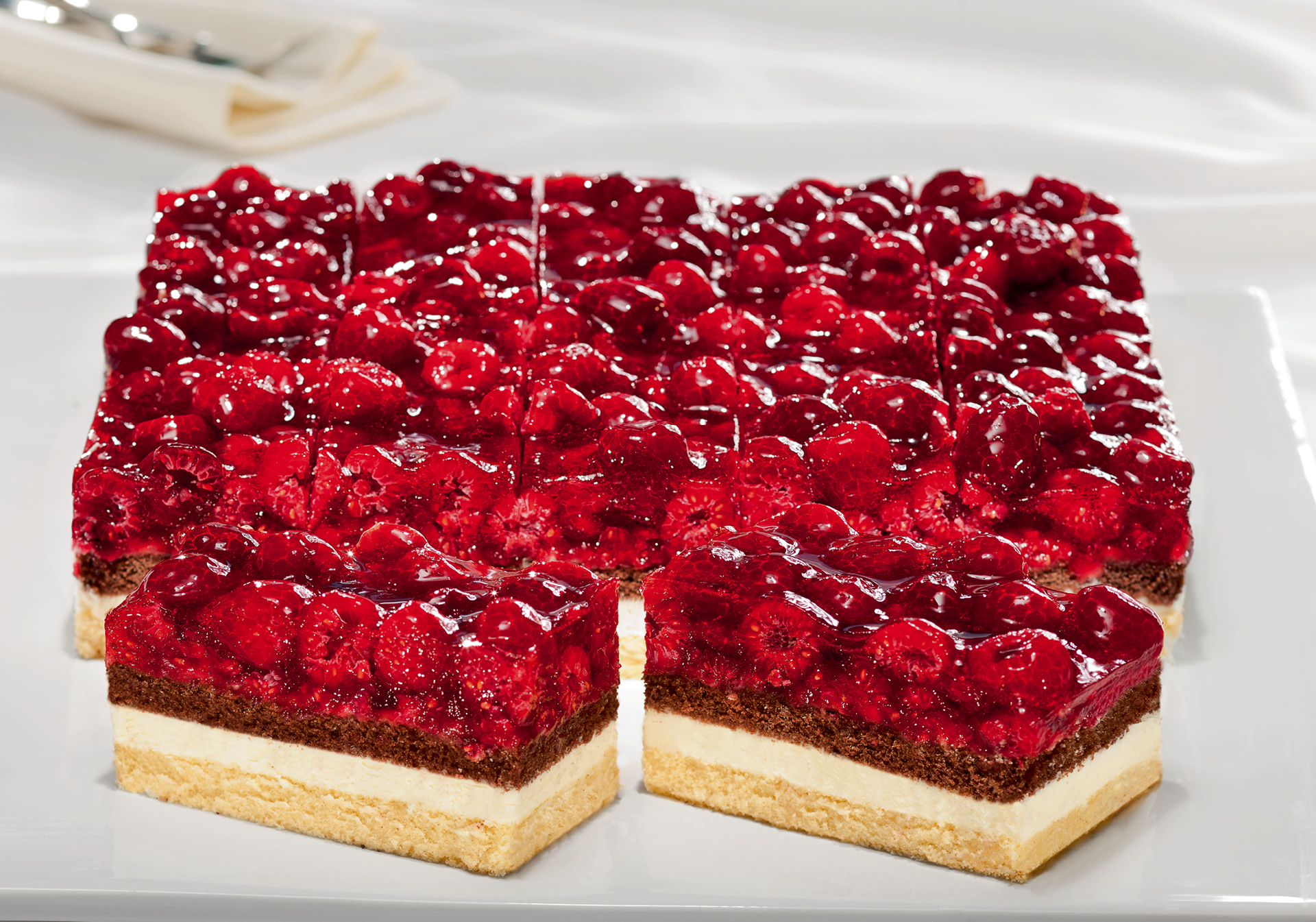 Raspberry cream slice