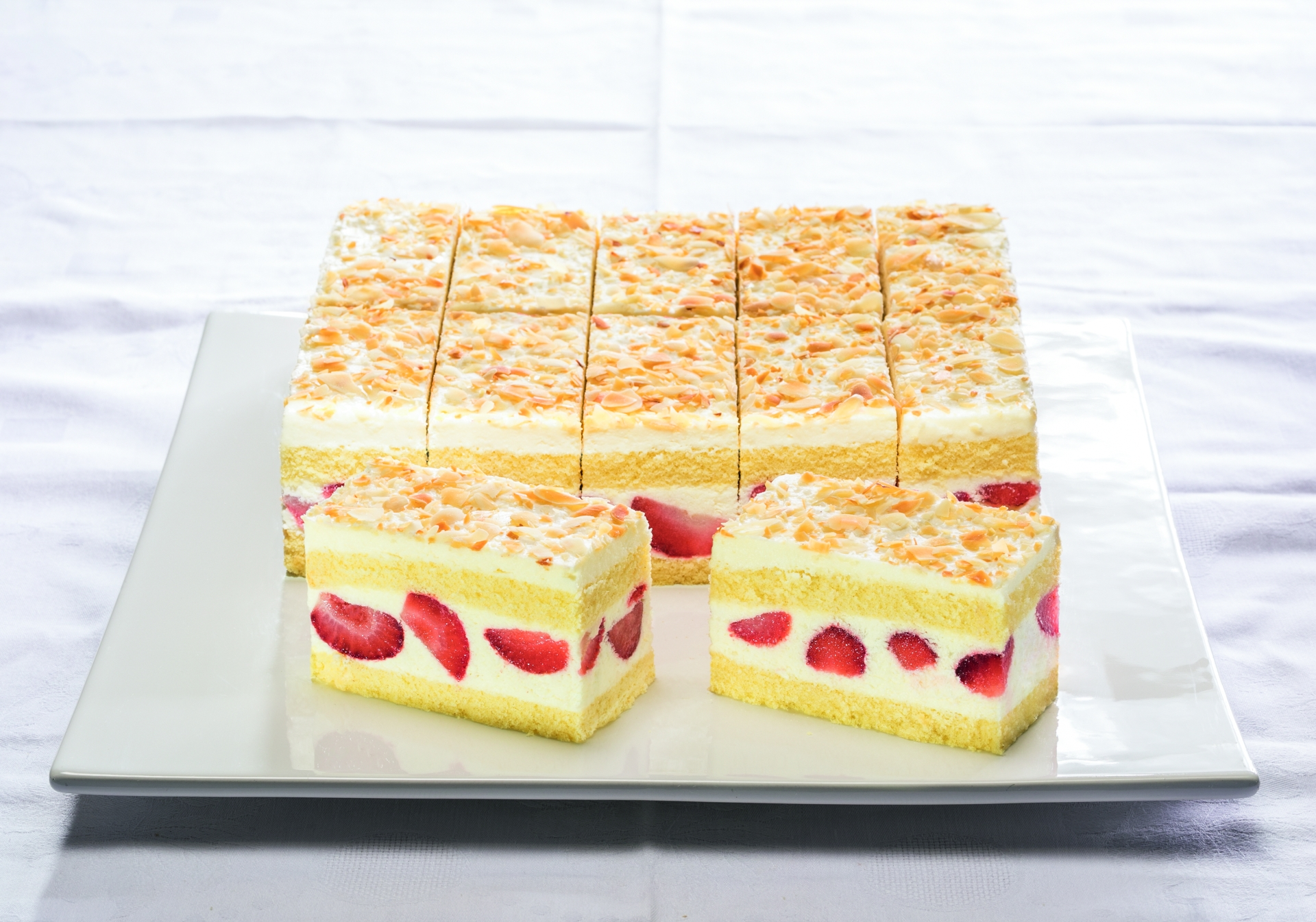 Strawberry and Yoghurt Cream Slice 16 Portions