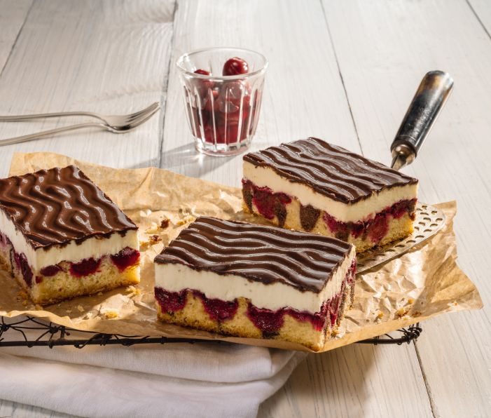 Wonderful cream slices